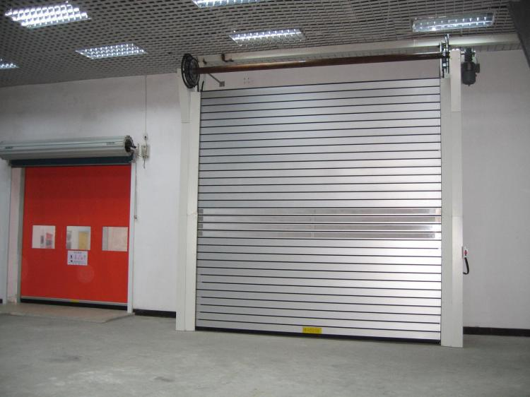 Portas de Enrolar Automáticas
