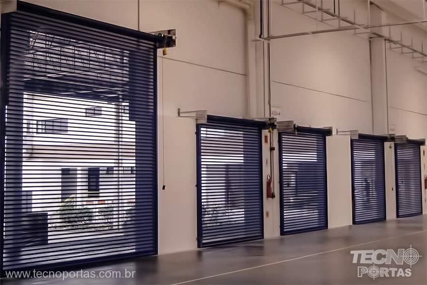 Fabricação de Portas de Enrolar de Aço